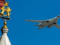 Пролет авиации во время парада Победы